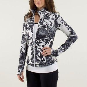 LULULEMON Forme Jacket Brisk Bloom {OO20}